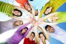 Lua nova de dezembro enfatiza amizades e esperanças