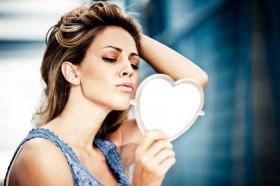 Sinais do corpo que indicam baixa autoestima
