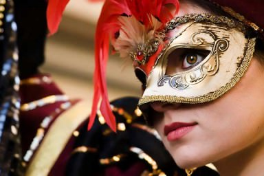 O que significa se fantasiar no carnaval?