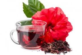 Chá de hibisco deve ser consumido com moderação