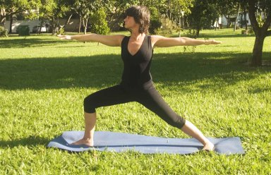 Yoga ajuda a ser mais independente