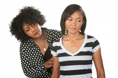 Competição entre mães e filhas