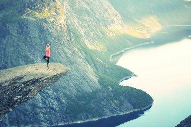 Posições de Yoga revelam seus desafios na vida